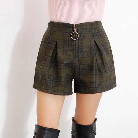 Women's Fashion Winter Slim Plaid Wool Thickened Shorts - ICU SEXY