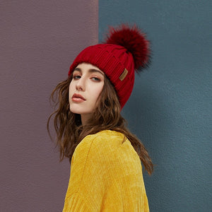 Women's Thick Fur Warm Cable Knitted Hat - icu-sexy