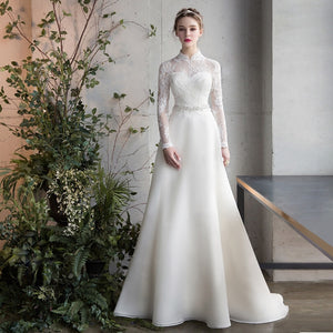 Long Sleeve Sashe Lace Satin Winter Wedding Gown