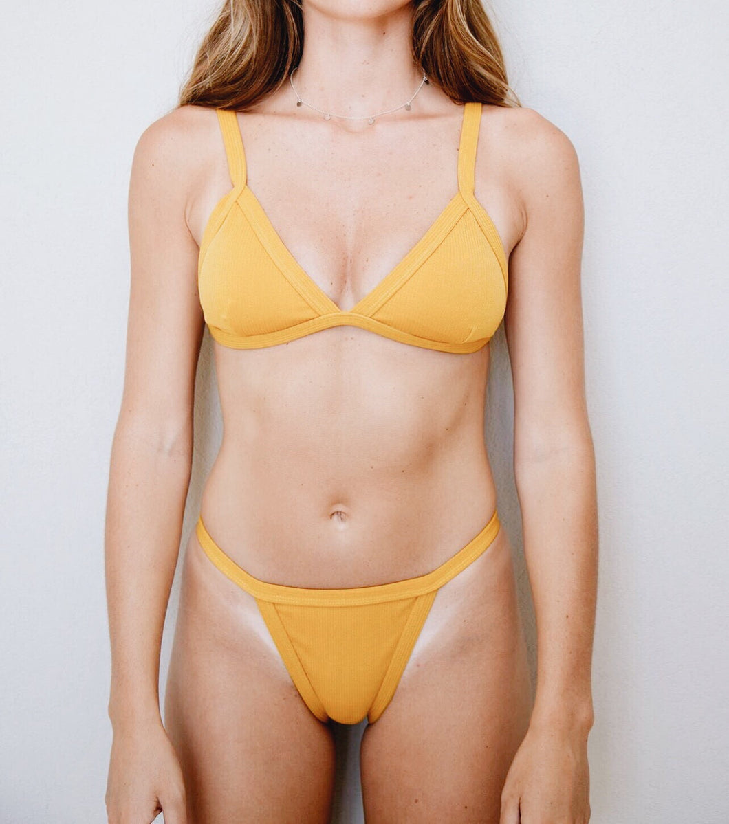 MUSTARD YELLOW TRIANGLE RUFFLE BOTTOM