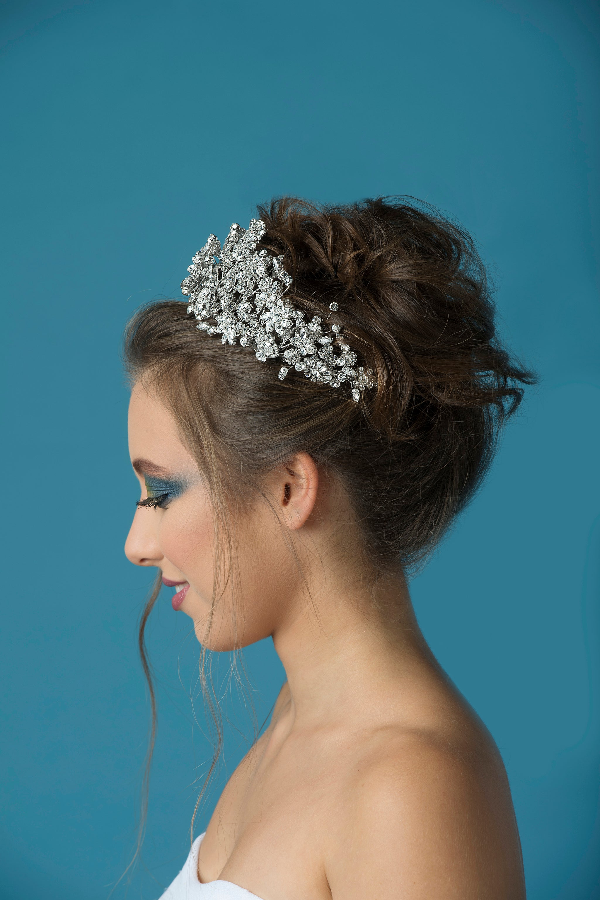 Hair Crystals - Bridal Look - Bride Hair - Hairstyle - Crown - Hairpiece