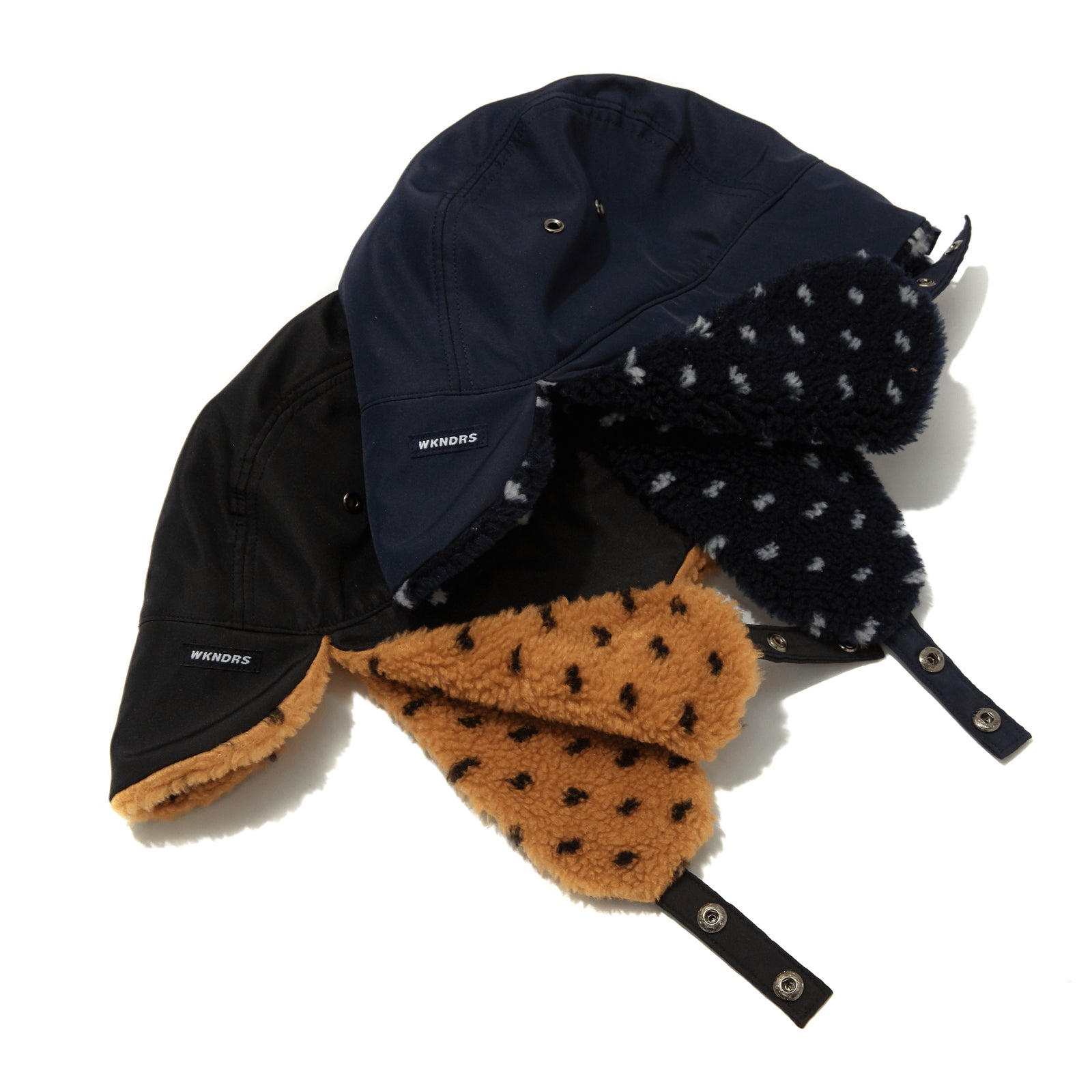 REVERSIBLE EAR MUFFS CAP (BLACK)