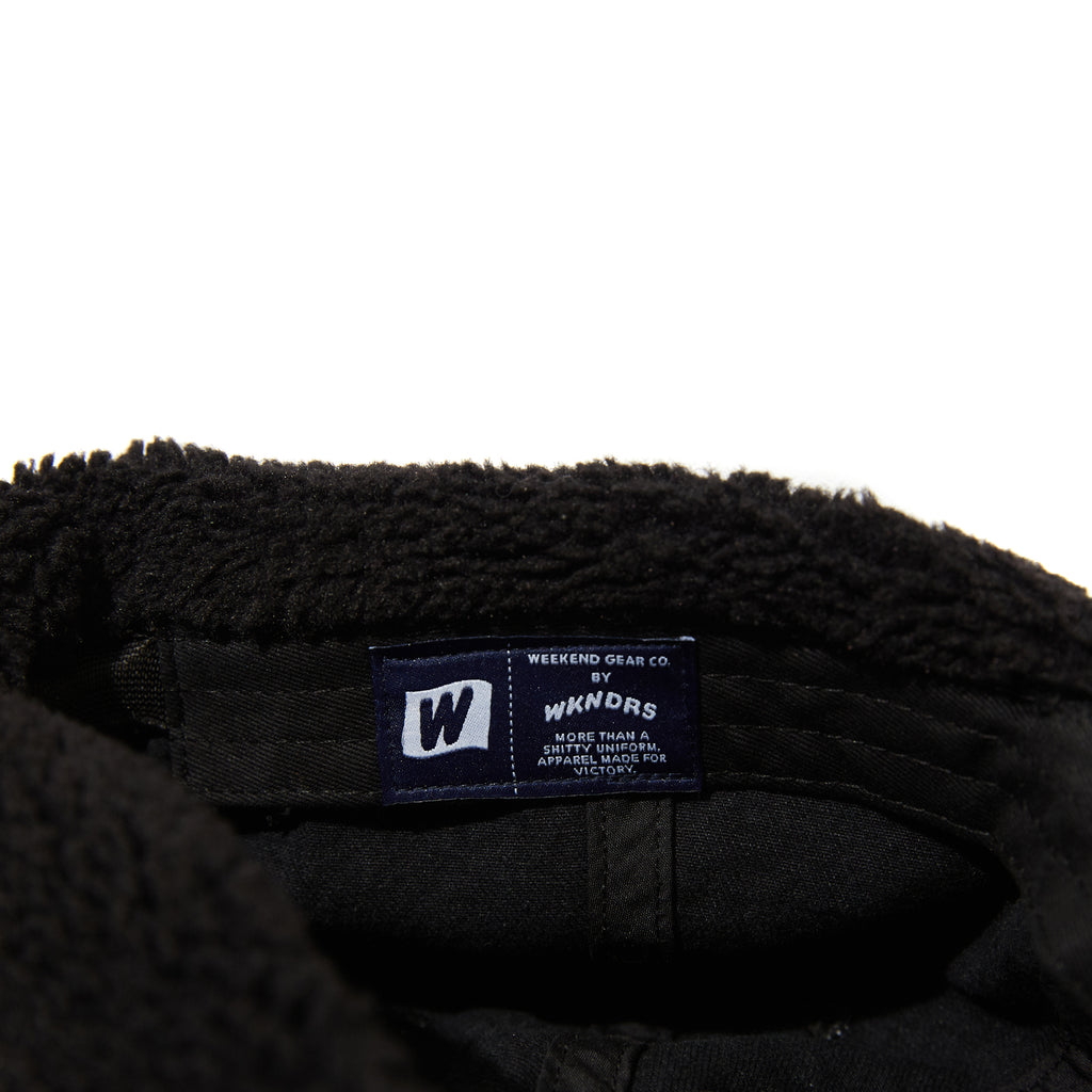 W LOGO EAR MUFFS CAP (BLACK)