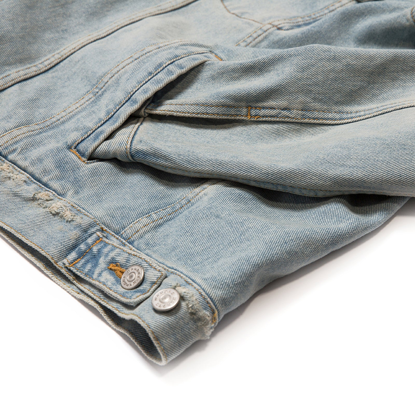 DENIM TRUCKER JAKCET (L.DENIM)