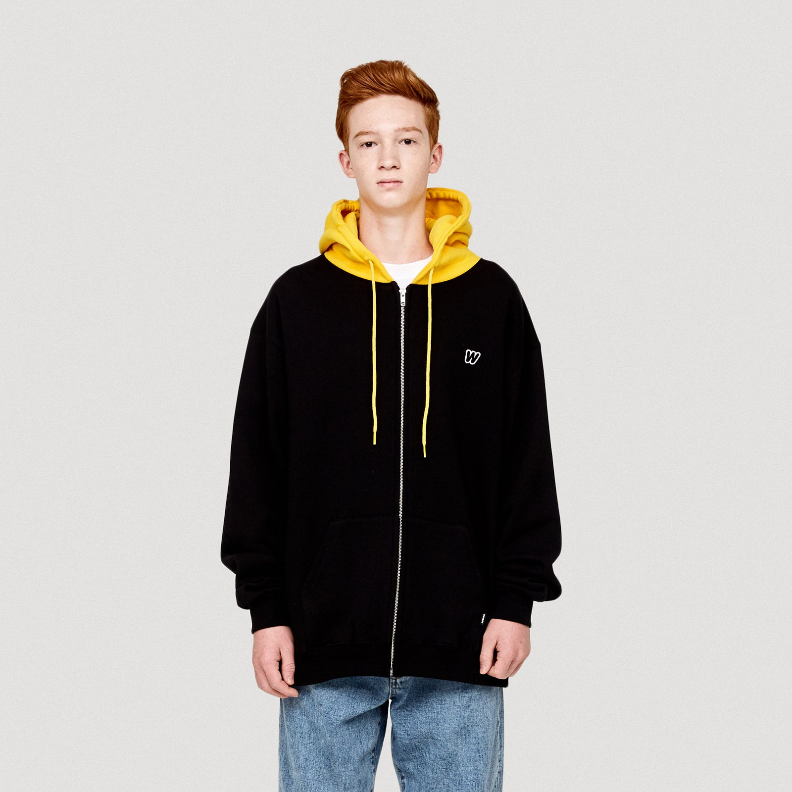 W LOGO HOODED ZIP JK (BLACK)
