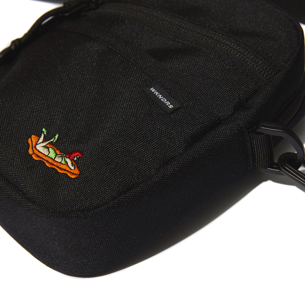 FG COMPACT BAG (BLACK)