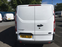 FORD TRANSIT CUSTOM WITH AIR CON