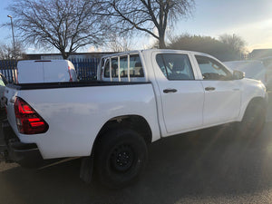 66 REG NEW SHAPE TOYOTA HILUX ACTIVE 4x4