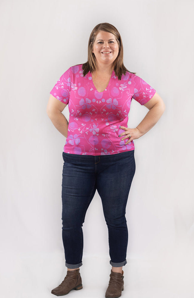 Blooming Vine Tee in Fuchsia