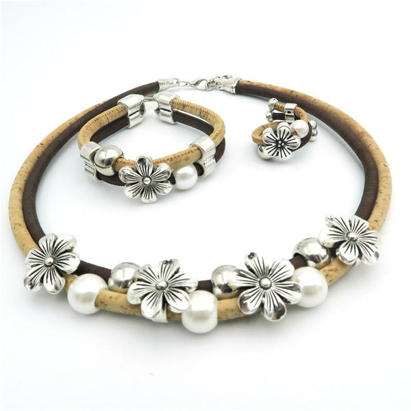 "Natural Cork ""Flowers with Pearls"" Set"