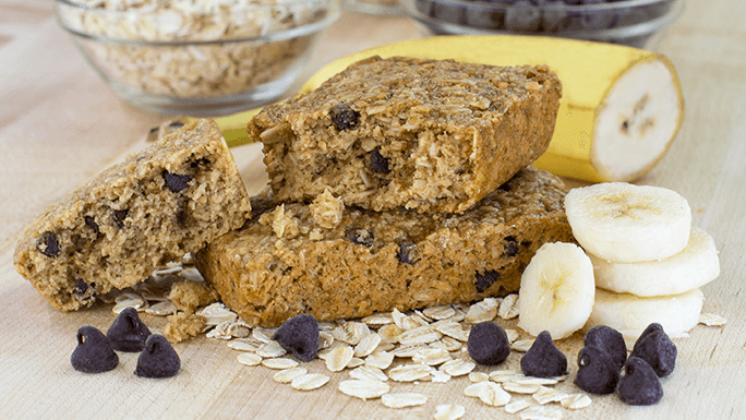 Banana Chocolate Chip Oat Bar