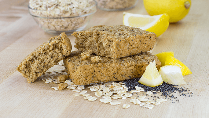 Bobo's Lemmon poppyseed oat bar