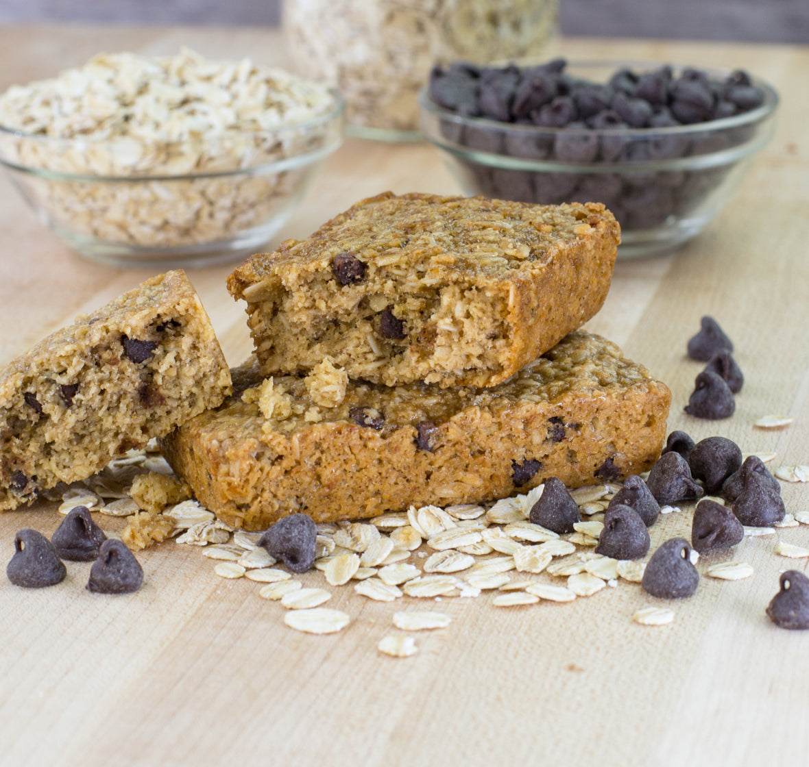Chocolate Chip Oat Bar lifestyle image