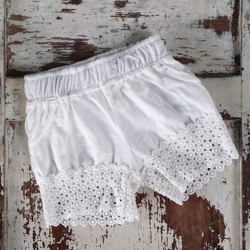 Cotton Lace Shorts - Ivory