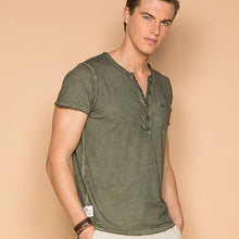 Load image into Gallery viewer, Deeluxe Beny Henley Style Shirt