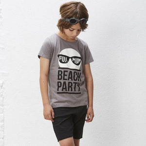Yporque Beach party moon Tee