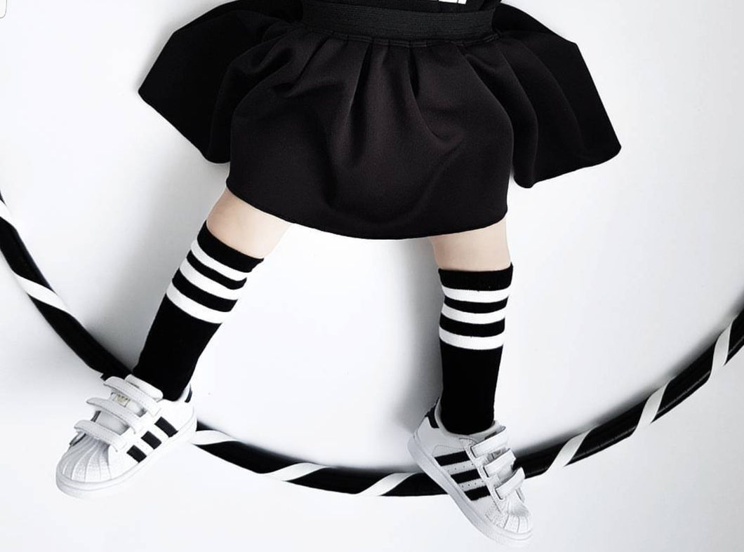 CARRIE SKIRT BLACK - FIVE&KNUX
