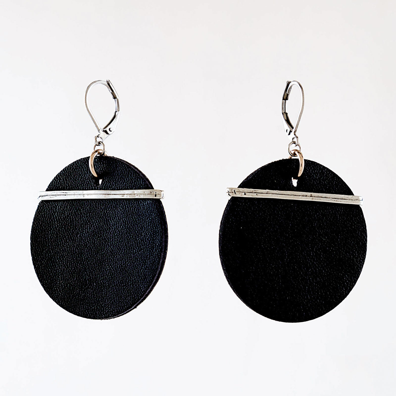 Earrings: Gamala