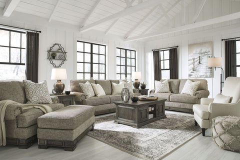 "ASHLEY Furniture ""Einsgrove"" Traditional Living Room Set"