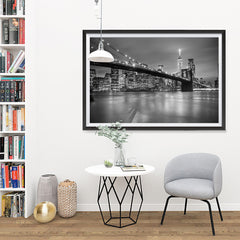 Ezposterprints - Brooklyn Bridge in Black and White - 48x32 ambiance display photo sample