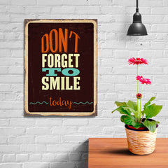 Ezposterprints - Dont Forget Smile | Retro Metal Design Signs Posters - 12x16 ambiance display photo sample