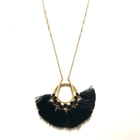 TRIBAL TASSEL NECKLACE