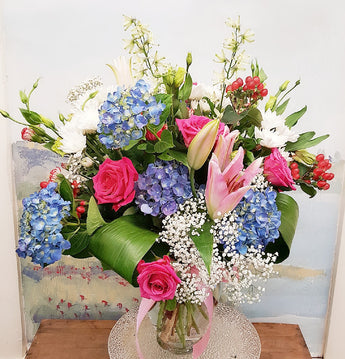 2020 Spring Colorful Vase arrangement