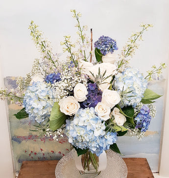 2020 Beautiful White In Blue Vase Arrangement