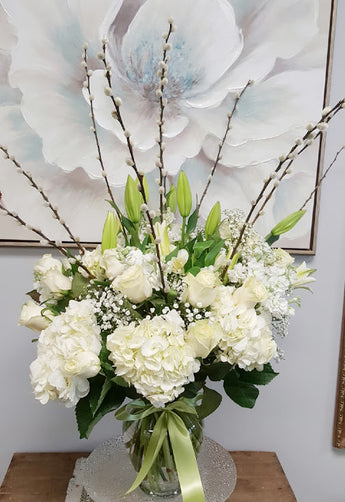 2021 Mother's Day White Luxury Vase arrangement