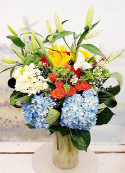 2019 Spring Garden Luxury Vase Arrangement