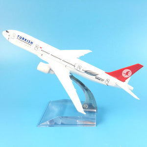 Turkish Airlines Boeing 777-300 model airplane