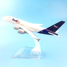 Load image into Gallery viewer, FedEx EXPRESS Airline Airplane Model