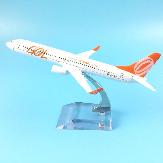Brazil Air GOL Airlines Boeing  B737 800 A Airplane Model