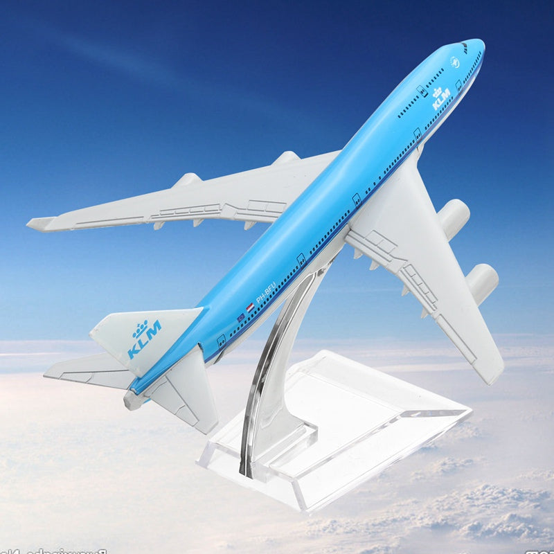 NEW 16cm Airplane Metal Plane Model Aircraft B747 KLM Aeroplane Scale Airplane Desk Model Toy Children Adult Gift Toys