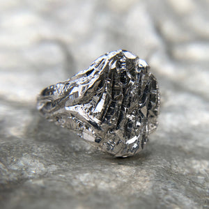 Japanese Chisel Ring
