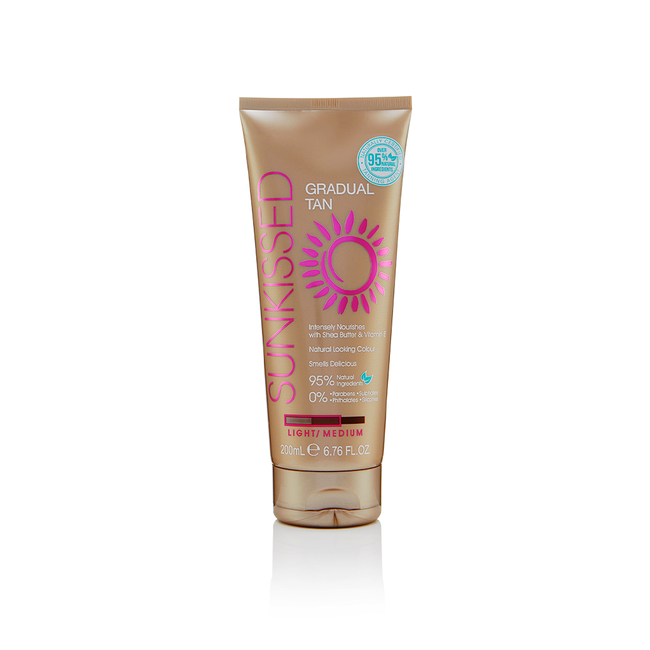 Sunkissed Gradual Tan Lotion Light to Medium 200ml Natural Looking Colour.