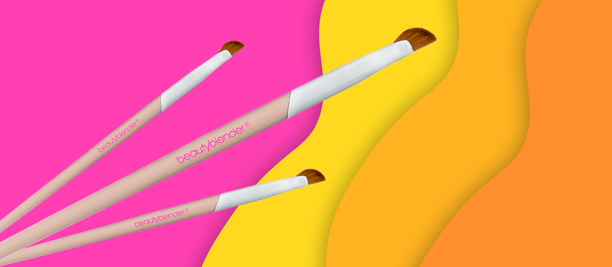 How to Do Winged Eyeliner With Our New Eyeliner Brush