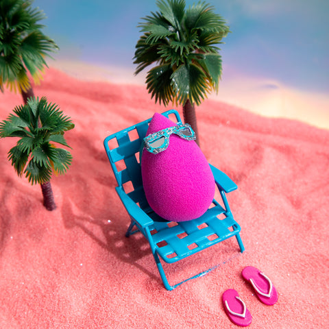 Beautyblender on vacation in the sun