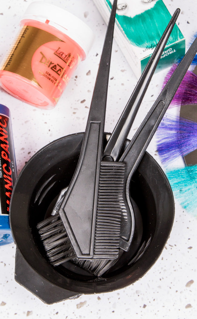 free bowl and tint brush set