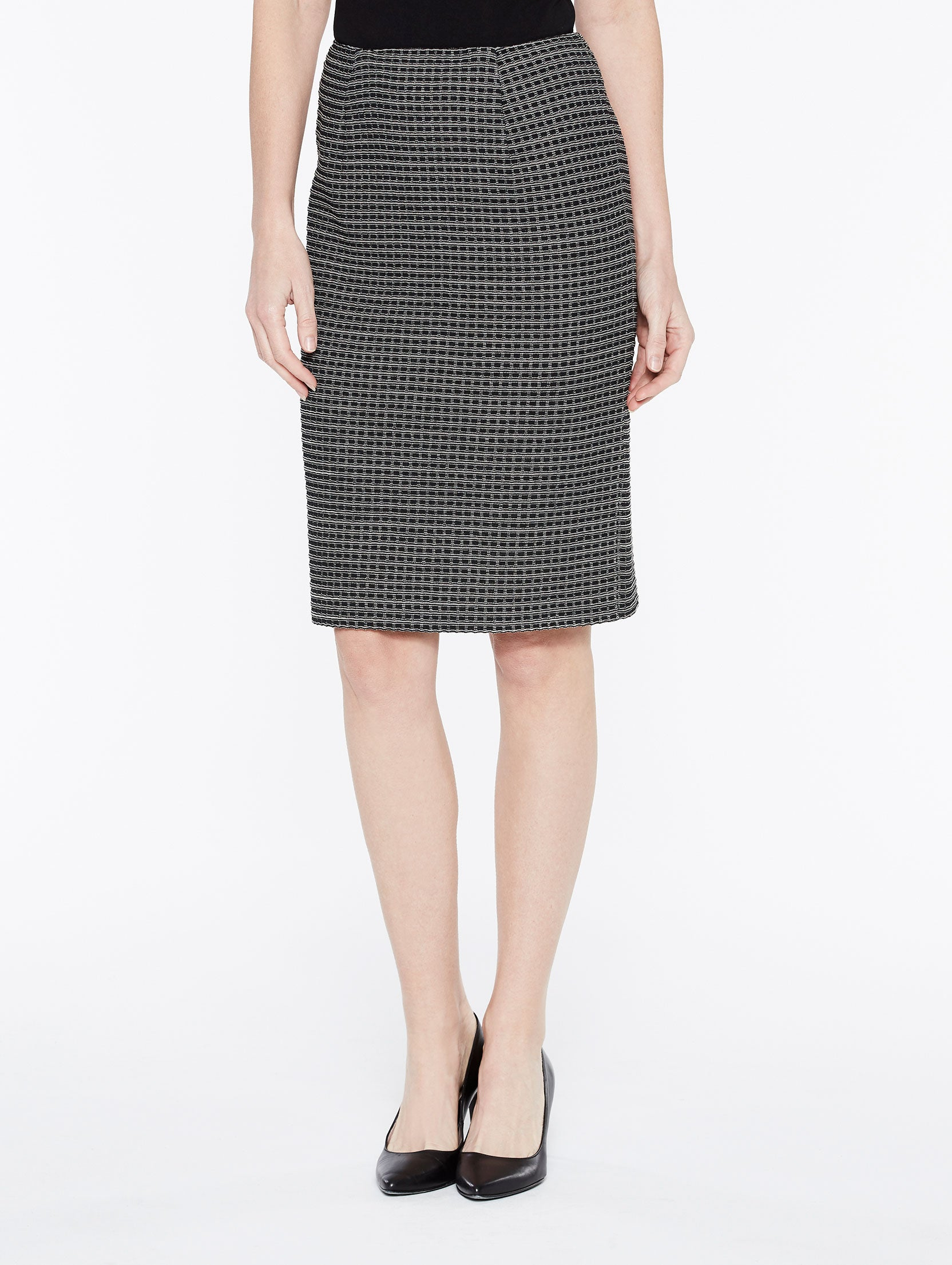 Tonal Grid Pattern Skirt Color Almond Beige/Black