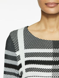 Graphic Plaid Knit Tunic Color Black/White Premium Details