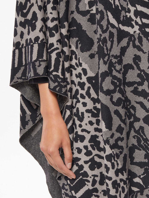 Plus Size Mixed Animal Print Plush Wrap – Premium Detail – Misook