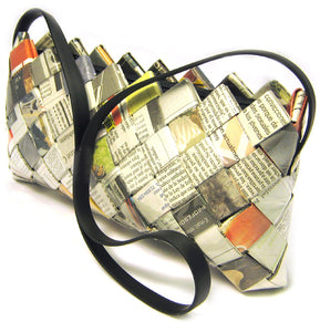 Pochette made from recycled newspaper