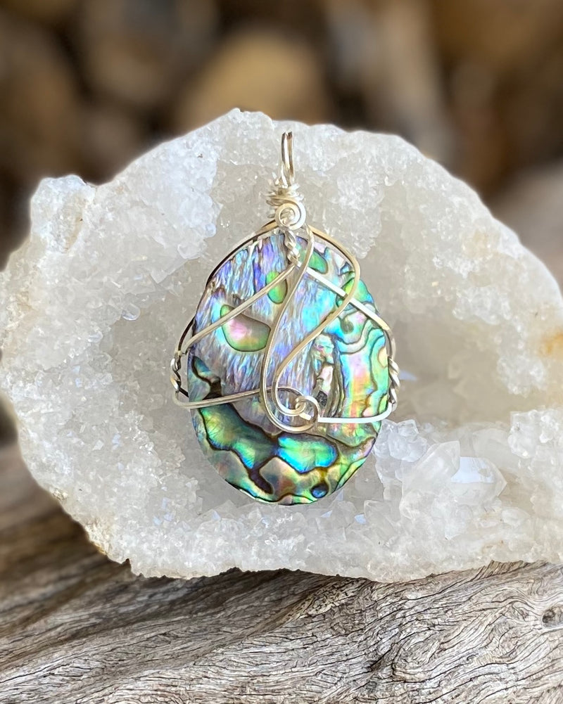 Paua Shell pendant necklace