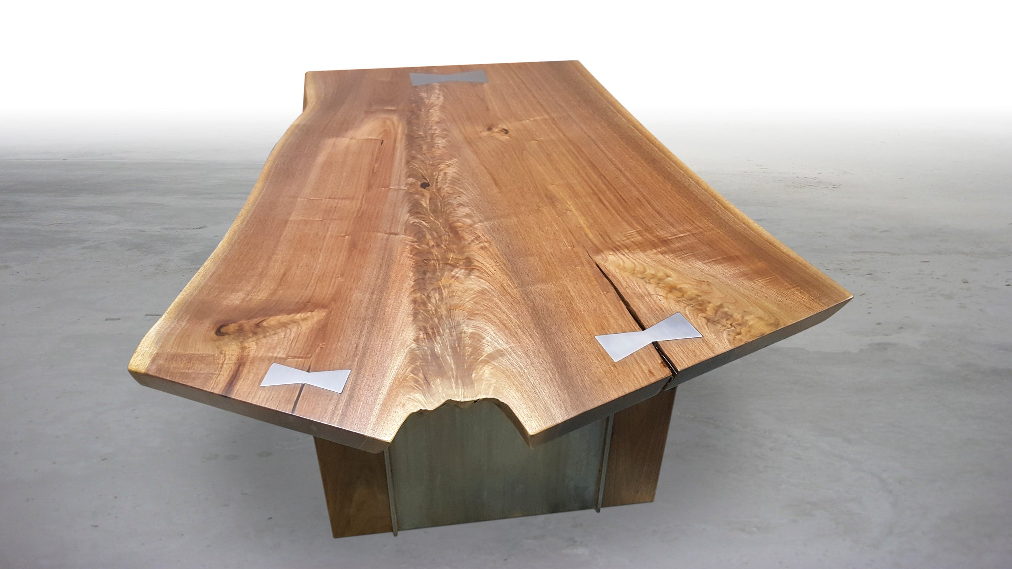 THE HARDING WALNUT COFFEE TABLE