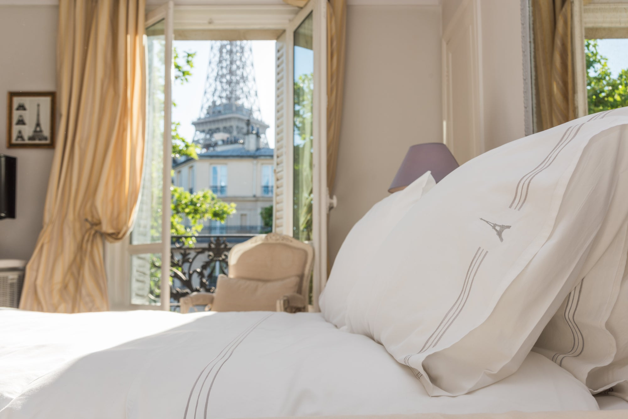 Eiffel Tower Luxury Standard Pillow Cases (Set of 2)