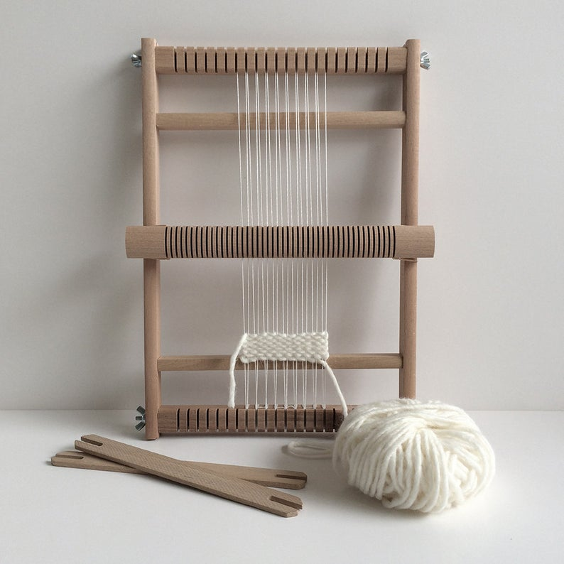 Funemstudio Small Loom with 2 shuttles, heddle bar & stand