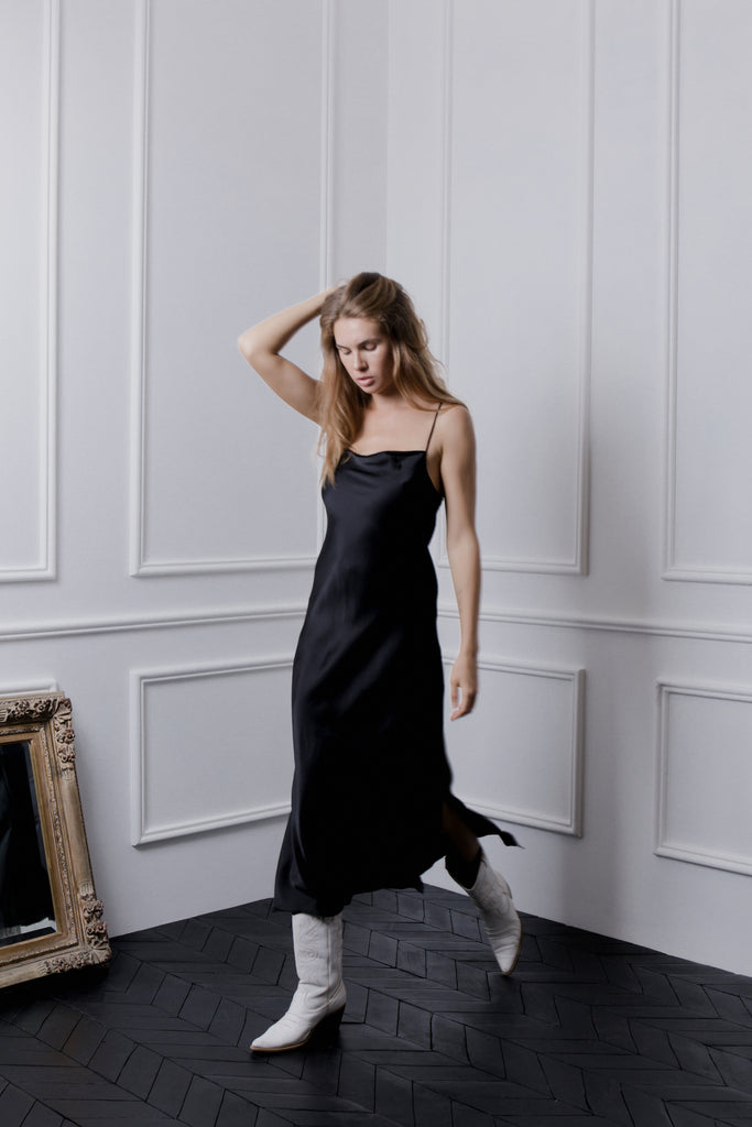 THE GERTRUDE MAXI DRESS - BLACK