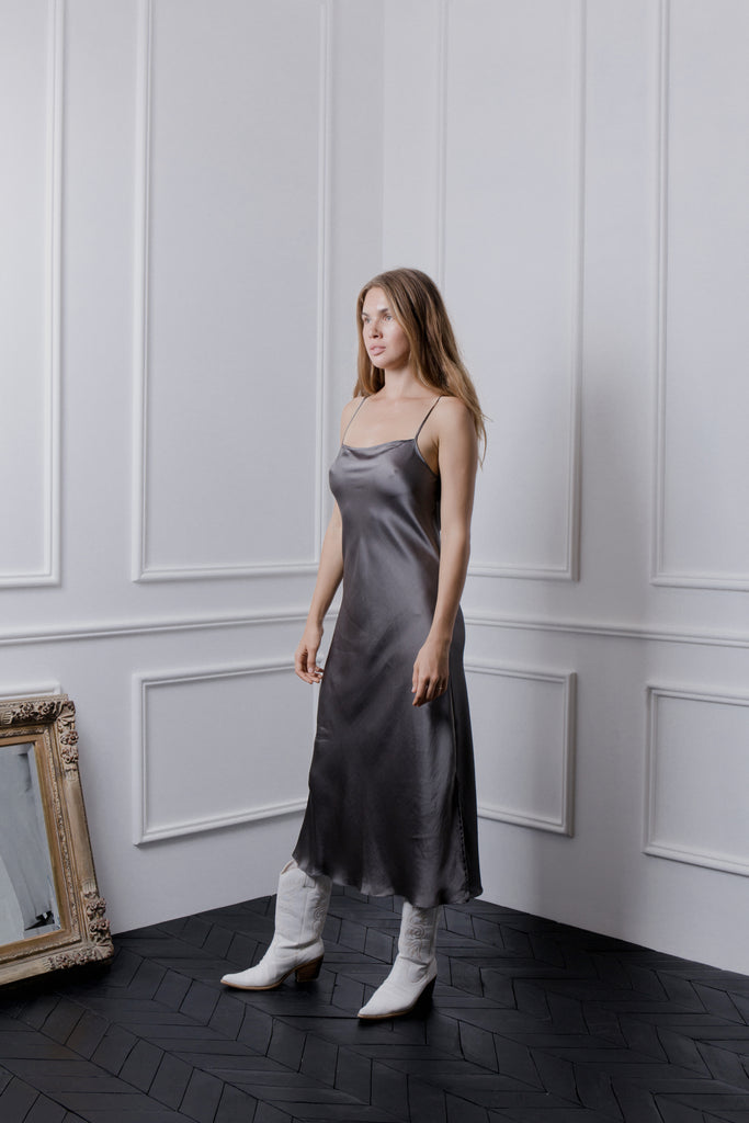 THE GERTRUDE MAXI DRESS - PEWTER
