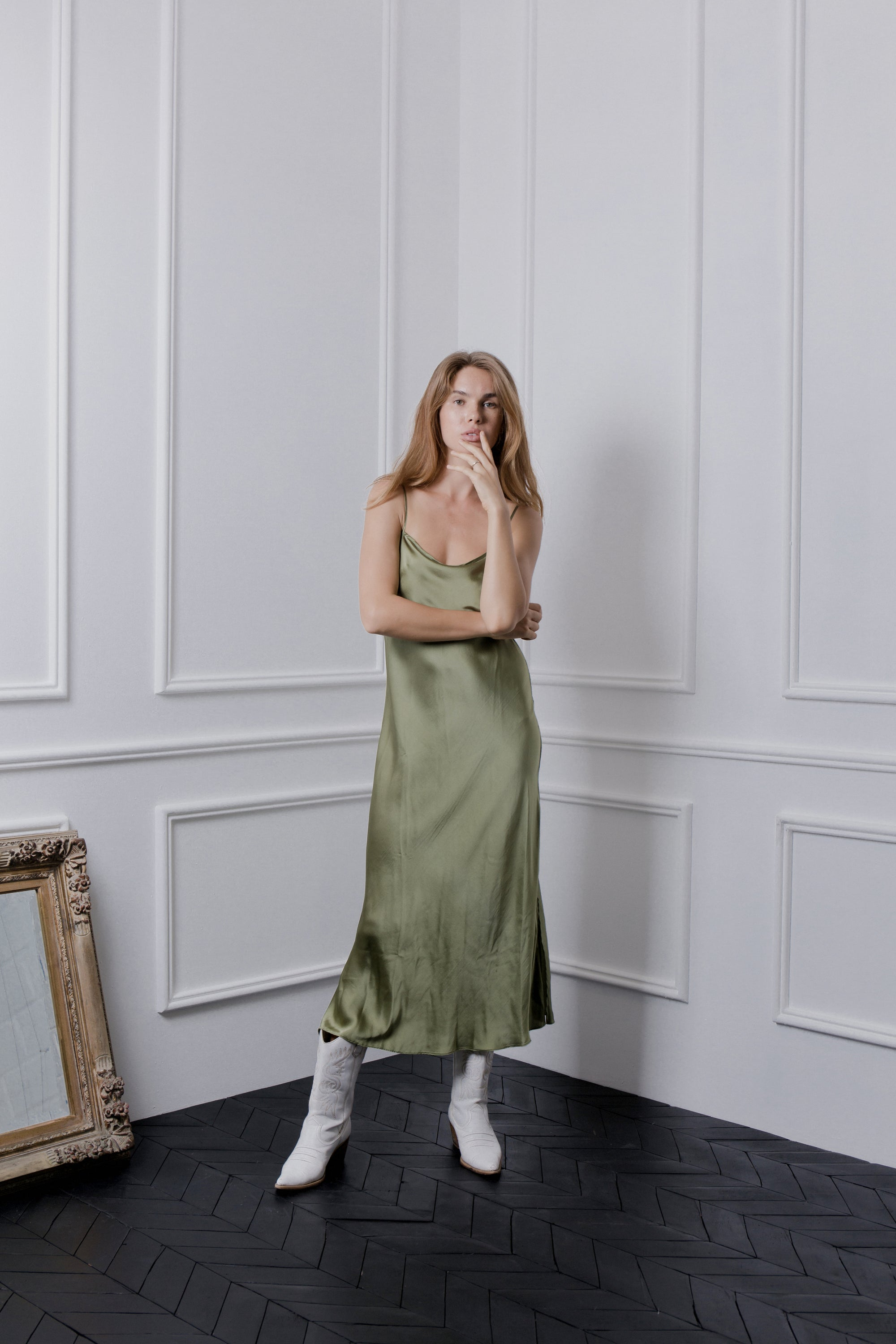 THE GERTRUDE MAXI DRESS - OLIVE